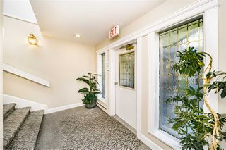 "Photo 4: 3971 CREEKSIDE Place in Burnaby: Burnaby Hospital Townhouse for sale in ""CASCADE VILLAGE"" (Burnaby South)  : MLS®# R2482371"