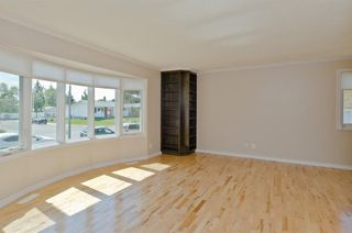 Photo 9: 5508 5 Avenue SE in Calgary: Penbrooke Meadows Detached for sale : MLS®# A1023147