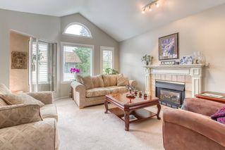 "Photo 2: 303 15035 THRIFT Avenue: White Rock Condo for sale in ""Grosvenor Court"" (South Surrey White Rock)  : MLS®# R2494043"