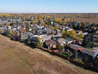 Photo 26: 13719 Deer Run Boulevard SE in Calgary: Deer Run Detached for sale : MLS®# A1039394