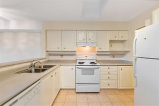 """Photo 9: PH3A 7025 STRIDE Avenue in Burnaby: Edmonds BE Condo for sale in """"SOMERSET HILL"""" (Burnaby East)  : MLS®# R2523990"""