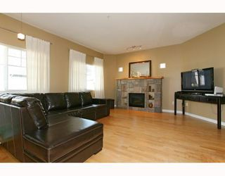 """Photo 2: 6 1108 RIVERSIDE Circle in Port Coquitlam: Riverwood Townhouse for sale in """"HERITAGE MEADOWS"""" : MLS®# V791486"""