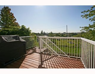 "Photo 10: 6 1108 RIVERSIDE Circle in Port Coquitlam: Riverwood Townhouse for sale in ""HERITAGE MEADOWS"" : MLS®# V791486"