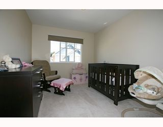 """Photo 8: 6 1108 RIVERSIDE Circle in Port Coquitlam: Riverwood Townhouse for sale in """"HERITAGE MEADOWS"""" : MLS®# V791486"""