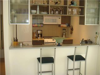 "Photo 3: 2210 928 BEATTY Street in Vancouver: Downtown VW Condo for sale in ""MAX"" (Vancouver West)  : MLS®# V854398"