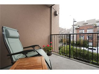 "Photo 9: 251 2175 SALAL Drive in Vancouver: Kitsilano Condo for sale in ""SAVONA"" (Vancouver West)  : MLS®# V858559"