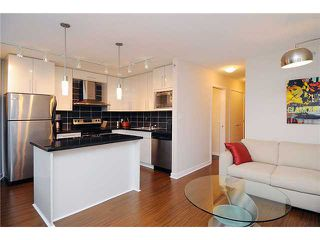"""Photo 1: 1602 188 KEEFER Place in Vancouver: Downtown VW Condo for sale in """"ESPANA"""" (Vancouver West)  : MLS®# V860674"""