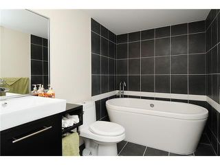 """Photo 7: 1602 188 KEEFER Place in Vancouver: Downtown VW Condo for sale in """"ESPANA"""" (Vancouver West)  : MLS®# V860674"""