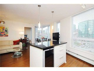"""Photo 5: 1602 188 KEEFER Place in Vancouver: Downtown VW Condo for sale in """"ESPANA"""" (Vancouver West)  : MLS®# V860674"""