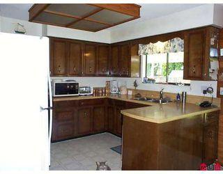 "Photo 4: 14497 CHARTWELL DR in Surrey: Bear Creek Green Timbers House for sale in ""Bear Creek-Green Timbers"" : MLS®# F2618116"