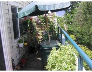 """Photo 2: 402 3590 W 26TH AV in Vancouver: Dunbar Condo for sale in """"DUNBAR HEIGHTS"""" (Vancouver West)  : MLS®# V539914"""