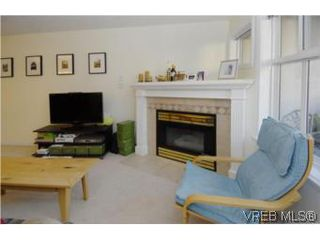 Photo 14: 301 1580 Christmas Ave in VICTORIA: SE Mt Tolmie Condo Apartment for sale (Saanich East)  : MLS®# 489978