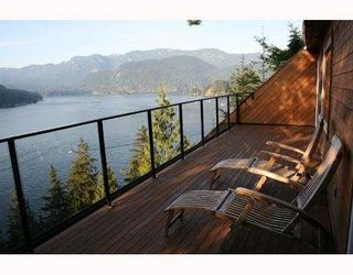 Photo 1: 4720 EASTRIDGE Road in North_Vancouver: Deep Cove House for sale (North Vancouver)  : MLS®# V748012