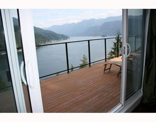 Photo 9: 4720 EASTRIDGE Road in North_Vancouver: Deep Cove House for sale (North Vancouver)  : MLS®# V748012