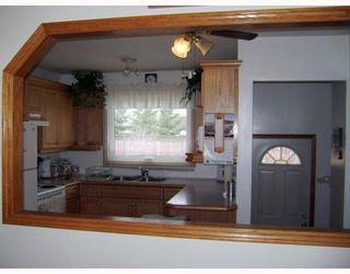 Photo 3: 71 HATCHER Road in WINNIPEG: Transcona Residential for sale (North East Winnipeg)  : MLS®# 2906170