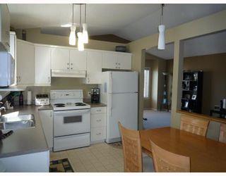 Photo 3: 180 REDONDA Street in WINNIPEG: Transcona Residential for sale (North East Winnipeg)  : MLS®# 2907150