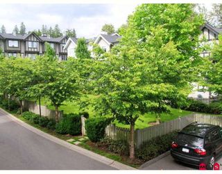 "Photo 2: 32 20176 68TH Avenue in Langley: Willoughby Heights Townhouse for sale in ""STEEPLECHASE"" : MLS®# F2914147"