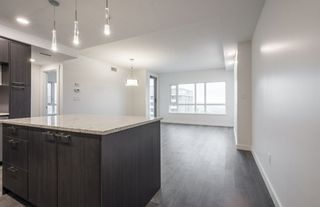 Photo 3: 1604 9720 106 Street NW in Edmonton: Zone 12 Condo for sale : MLS®# E4170003
