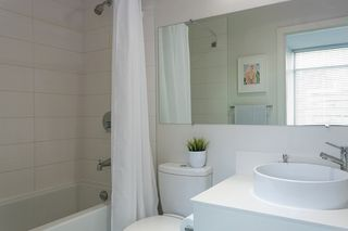 Photo 10: 807 2788 PRINCE EDWARD Street in Vancouver: Mount Pleasant VE Condo for sale (Vancouver East)  : MLS®# R2401286