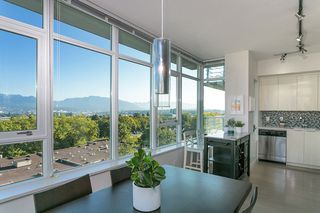 Photo 5: 807 2788 PRINCE EDWARD Street in Vancouver: Mount Pleasant VE Condo for sale (Vancouver East)  : MLS®# R2401286