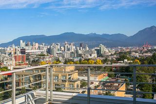 Photo 14: 807 2788 PRINCE EDWARD Street in Vancouver: Mount Pleasant VE Condo for sale (Vancouver East)  : MLS®# R2401286