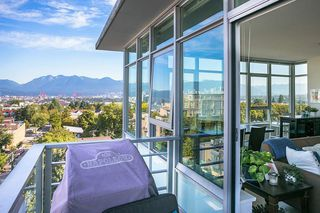 Photo 12: 807 2788 PRINCE EDWARD Street in Vancouver: Mount Pleasant VE Condo for sale (Vancouver East)  : MLS®# R2401286