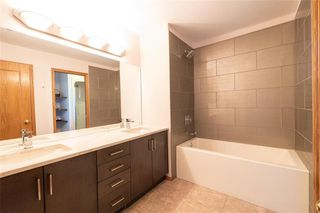 Photo 15: 130 River Pointe Drive in Winnipeg: River Pointe Residential for sale (2C)  : MLS®# 1929846