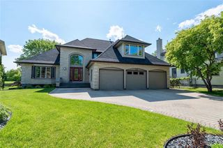 Photo 1: 130 River Pointe Drive in Winnipeg: River Pointe Residential for sale (2C)  : MLS®# 1929846