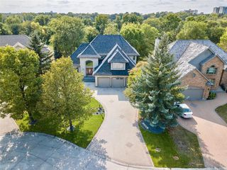 Photo 2: 130 River Pointe Drive in Winnipeg: River Pointe Residential for sale (2C)  : MLS®# 1929846