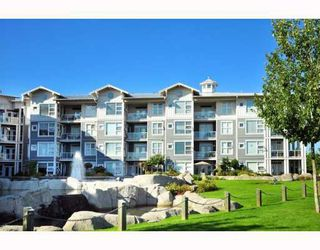 """Main Photo: 203 4600 WESTWATER Drive in Richmond: Steveston South Condo for sale in """"COPPERSKY"""" : MLS®# V782153"""