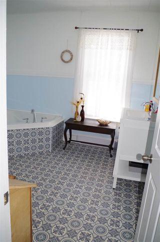 Photo 16: 96 Rockdale Avenue in Sydney: 201-Sydney Residential for sale (Cape Breton)  : MLS®# 202005524