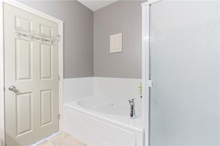 Photo 22: 189 ROYAL CREST View NW in Calgary: Royal Oak Semi Detached for sale : MLS®# C4297360