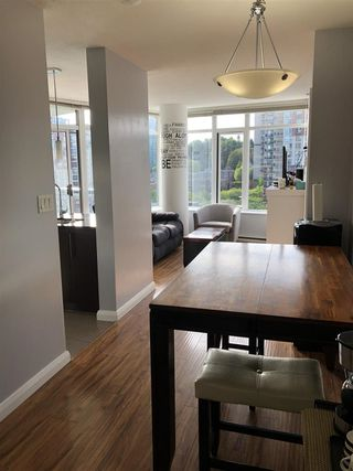 "Photo 9: 1608 888 CARNARVON Street in New Westminster: Downtown NW Condo for sale in ""MARINUS"" : MLS®# R2465548"
