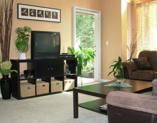 """Photo 2: 308 3280 PLATEAU Boulevard in Coquitlam: Westwood Plateau Condo for sale in """"CAMELBACK"""" : MLS®# V783700"""