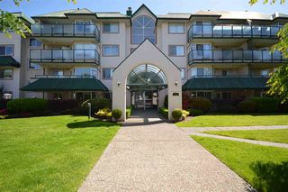 "Main Photo: 110 2958 TRETHEWEY Street in Abbotsford: Abbotsford West Condo for sale in ""CASCADE GREEN"" : MLS®# R2473130"