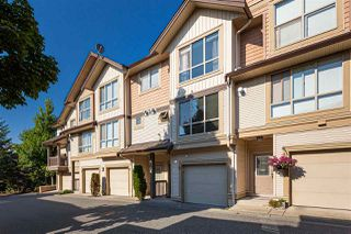 """Photo 3: 15 20350 68 Avenue in Langley: Willoughby Heights Townhouse for sale in """"SUNRIDGE"""" : MLS®# R2496460"""