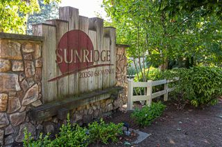 """Photo 2: 15 20350 68 Avenue in Langley: Willoughby Heights Townhouse for sale in """"SUNRIDGE"""" : MLS®# R2496460"""