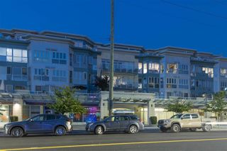 Photo 1: 407 122 E 3RD Street in North Vancouver: Lower Lonsdale Condo for sale : MLS®# R2498536