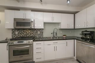 Photo 21: 407 122 E 3RD Street in North Vancouver: Lower Lonsdale Condo for sale : MLS®# R2498536