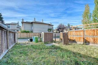 Photo 28: 3738 CEDARILLE Drive SW in Calgary: Cedarbrae Semi Detached for sale : MLS®# A1037615