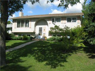 Photo 1: 122 Quincy Bay in WINNIPEG: Fort Garry / Whyte Ridge / St Norbert Residential for sale (South Winnipeg)  : MLS®# 1008789