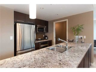 """Photo 7: 1907 918 COOPERAGE Way in Vancouver: False Creek North Condo for sale in """"MARINER"""" (Vancouver West)  : MLS®# V863585"""