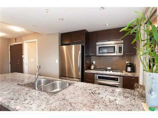 """Photo 8: 1907 918 COOPERAGE Way in Vancouver: False Creek North Condo for sale in """"MARINER"""" (Vancouver West)  : MLS®# V863585"""
