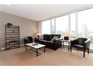 """Photo 3: 1907 918 COOPERAGE Way in Vancouver: False Creek North Condo for sale in """"MARINER"""" (Vancouver West)  : MLS®# V863585"""
