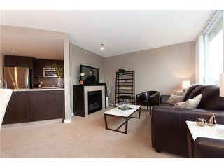 """Photo 4: 1907 918 COOPERAGE Way in Vancouver: False Creek North Condo for sale in """"MARINER"""" (Vancouver West)  : MLS®# V863585"""