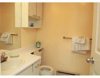 """Photo 5: 105 988 W 16TH AV in Vancouver: Cambie Condo for sale in """"THE OAKS"""" (Vancouver West)  : MLS®# V575804"""
