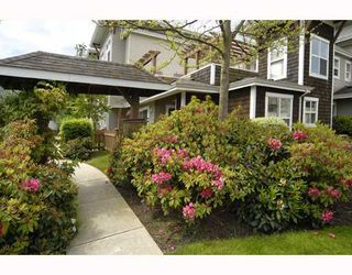"""Photo 1: 31 7111 LYNNWOOD Drive in Richmond: Granville Townhouse for sale in """"LAURELWOOD"""" : MLS®# V726732"""