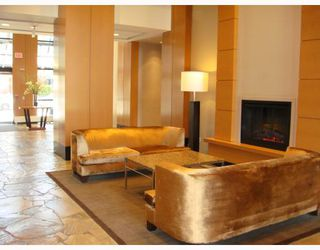 """Photo 8: 309 928 HOMER Street in Vancouver: Downtown VW Condo for sale in """"Yaletown Park I"""" (Vancouver West)  : MLS®# V761392"""