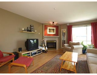 "Photo 2: 303 789 W 16TH Avenue in Vancouver: Fairview VW Condo for sale in ""SIXTEEN WILLOWS"" (Vancouver West)  : MLS®# V774177"