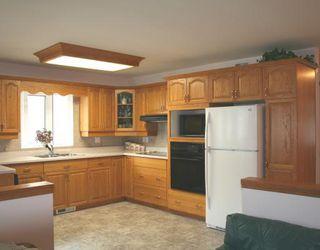 Photo 2:  in WINNIPEG: Fort Garry / Whyte Ridge / St Norbert Residential for sale (South Winnipeg)  : MLS®# 2913182